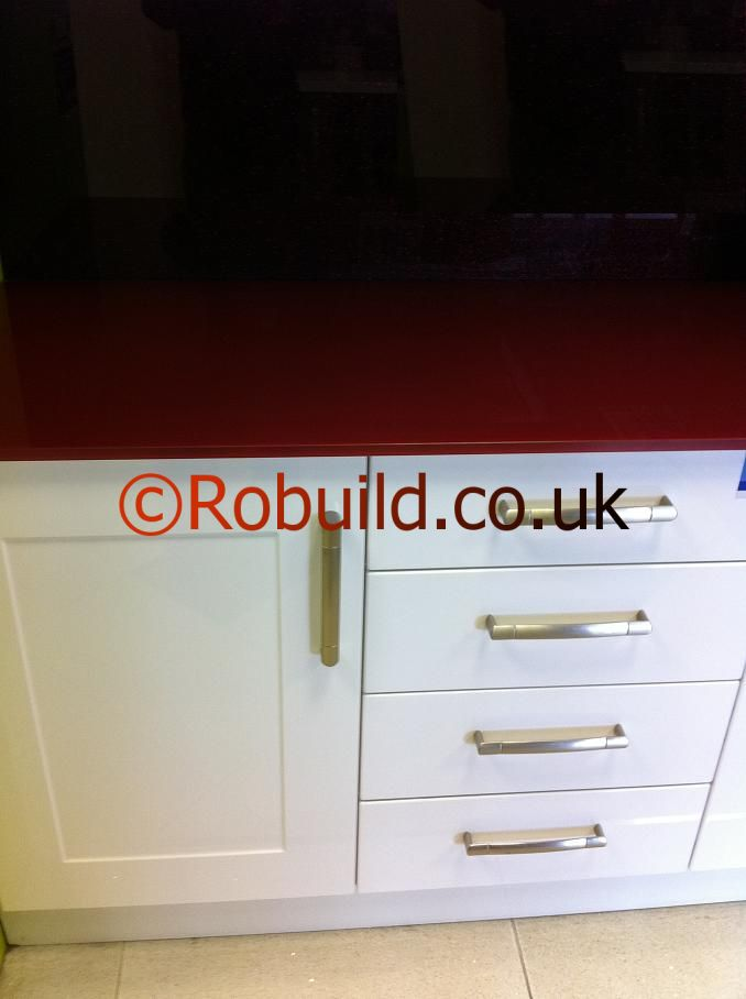 kitchen glass red worktop